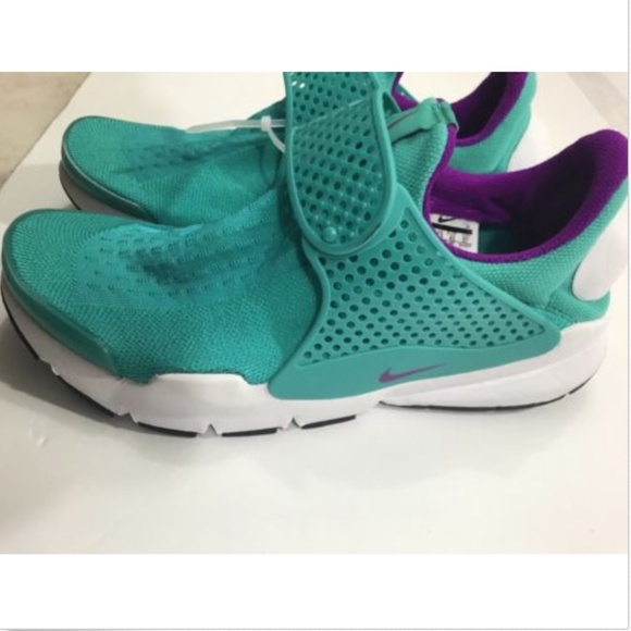 promo code 174cc f69d7 Women s Nike Sock Dart 848475-301 Clear Jade Hype